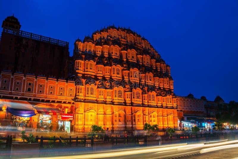 Jaipur, India Palácio iluminado dos ventos Hawa Mahal foto de stock royalty free