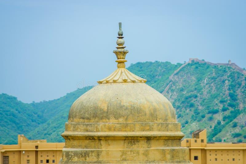 Jaipur, Indien - 20. September 2017: Schöne Ansicht der Haube von Amber Fort nahe Jaipur, Rajasthan, Indien lizenzfreies stockfoto