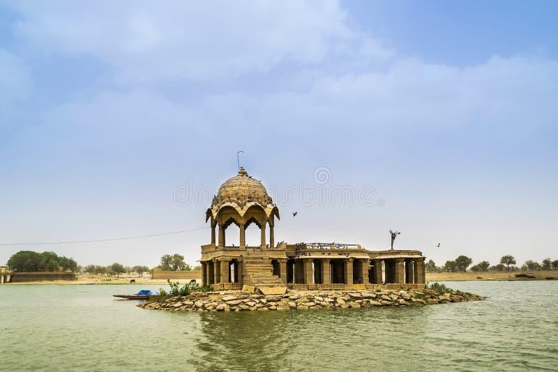 Jaisalmer的,拉贾斯坦,印度Gadisar (Gadisagar)湖 免版税库存图片