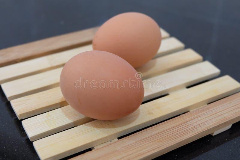 jaja świeże uprawiają zdjęcia stock