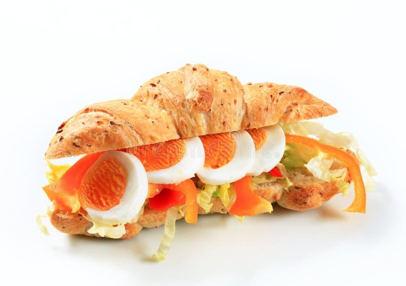 Download Jajeczna podwodna kanapka zdjęcie stock. Obraz złożonej z przekąska - 28957568