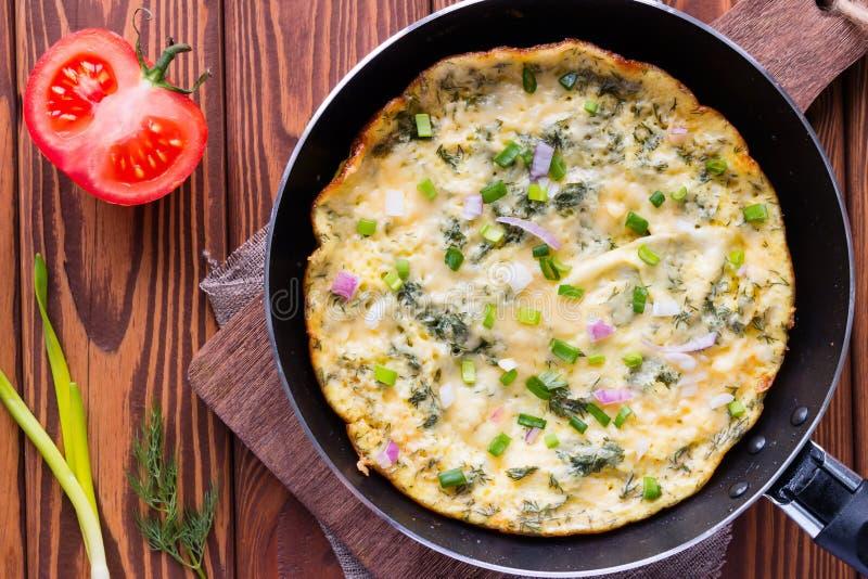 Jajeczny omlet w niecce zdjęcie stock