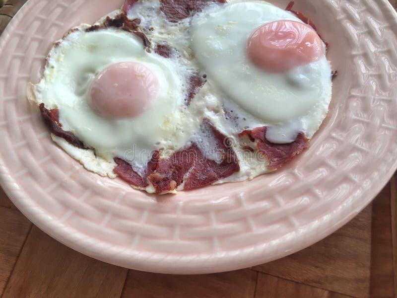 Jajka dla śniadania obrazy royalty free