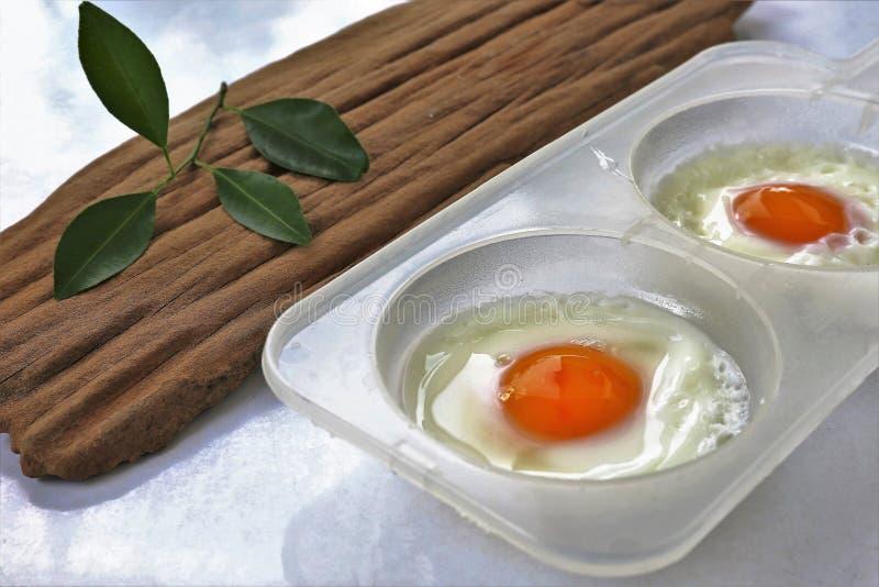 jajka smażący zdjęcia stock