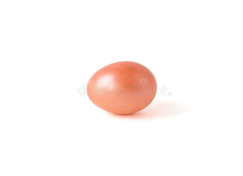 Jajko pomarańczowy kolor odizolowywa na białym tle Pomarańczowy Kolor handwork Wielkanoc fotografia royalty free