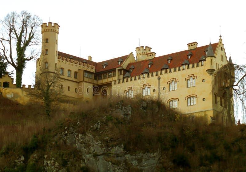 Jak Hohenschwangau przy szczytem spadku ulistnienie w Bavaria fotografia royalty free