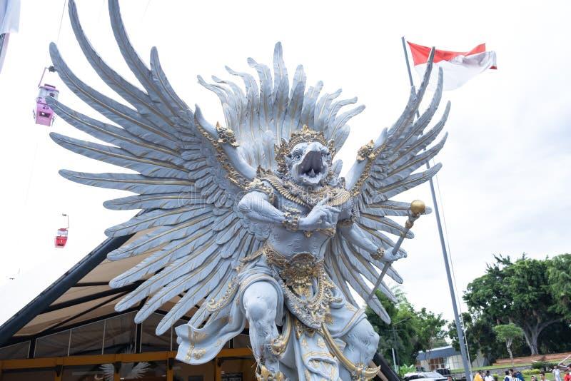 Jakarta, Indonésie - 1er janvier 2019 : Vue d'une sculpture de Garuda en Taman Mini Indonesia Indah, Jakarta photos libres de droits