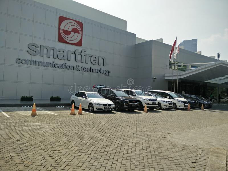 Jakarta/Indonesien juli 15 2019 smartfren huvudkontoret, sabang Jakarta royaltyfria foton