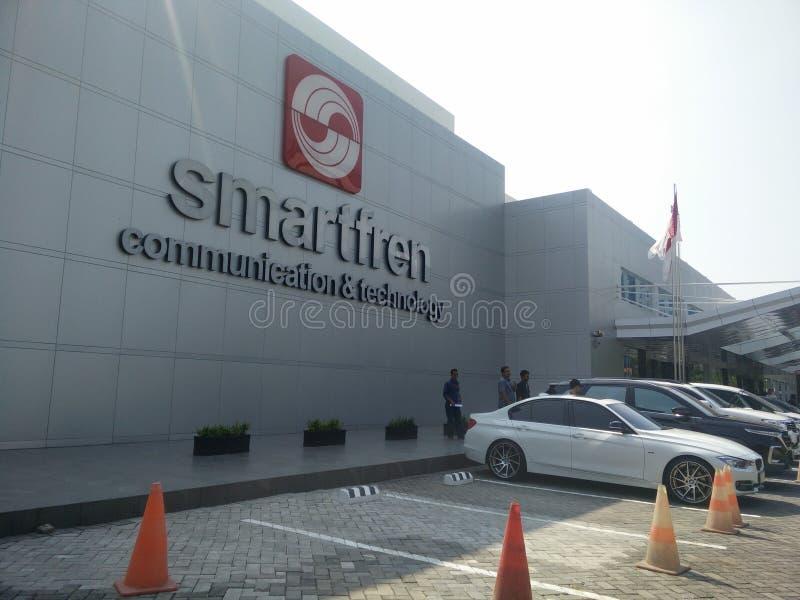 Jakarta/Indonesien juli 15 2019 smartfren huvudkontoret, sabang Jakarta royaltyfria bilder