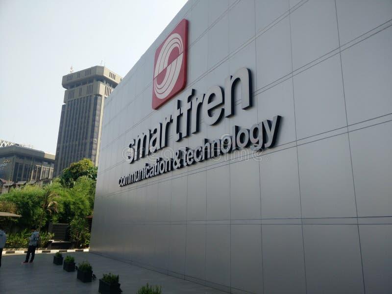 Jakarta/Indonesien juli 15 2019 smartfren huvudkontoret, sabang Jakarta arkivfoto