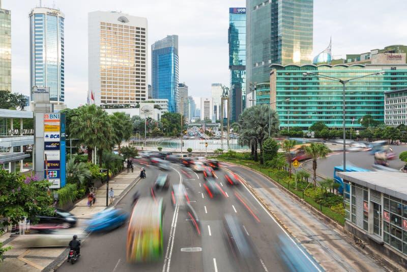 Jakarta-Verkehr um Piazza Indonesien lizenzfreie stockbilder