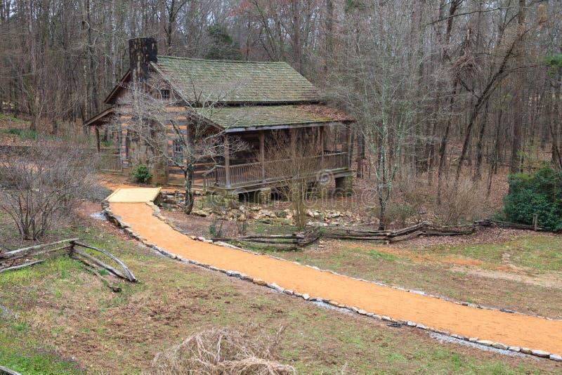 Jakten loggar kabinen Clemson South Carolina arkivfoton