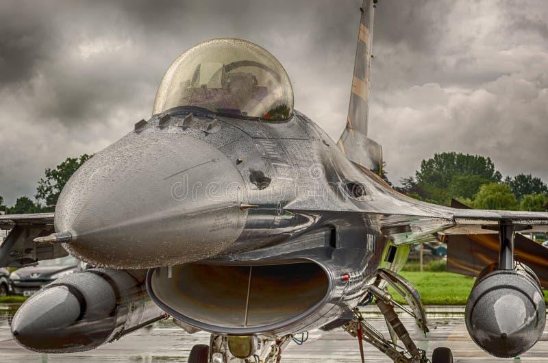 Jaktflygplan F16 royaltyfria bilder