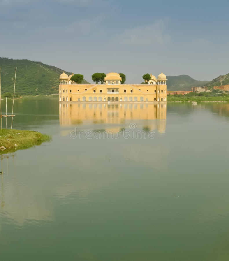 Download Jal Mahal palace stock image. Image of culture, building - 28483659