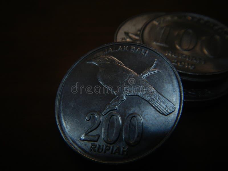 Jalak Bali grawerujący przy rupii wyznaniami 2003 fotografia stock