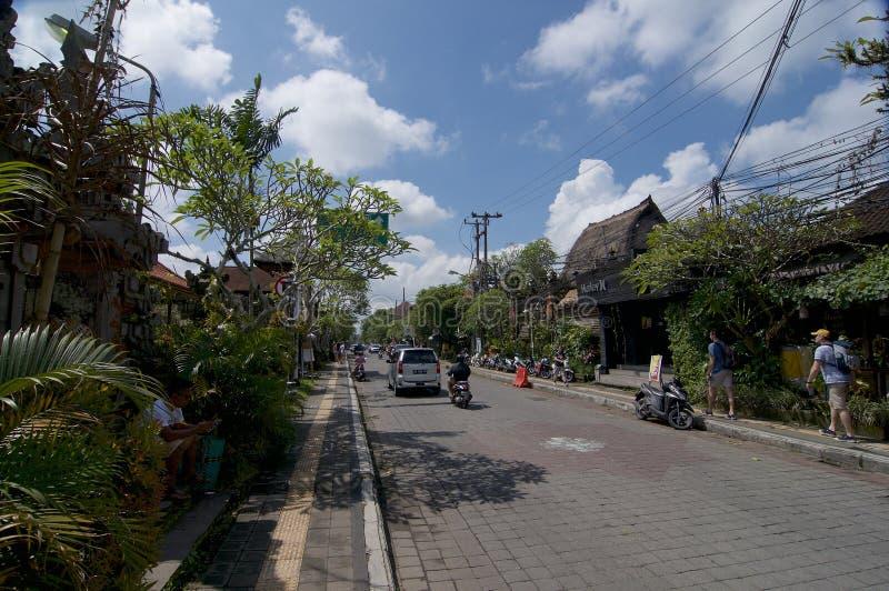 Jalan Raya - Ubud主路 免版税图库摄影