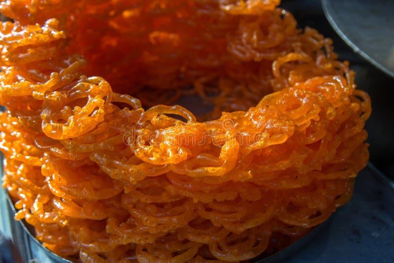 Jalebi, un bonbon indien populaire photographie stock libre de droits