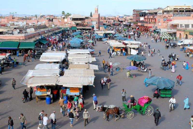 Jamaa el Fna квадрат в Marrakesh Марокко стоковое изображение rf
