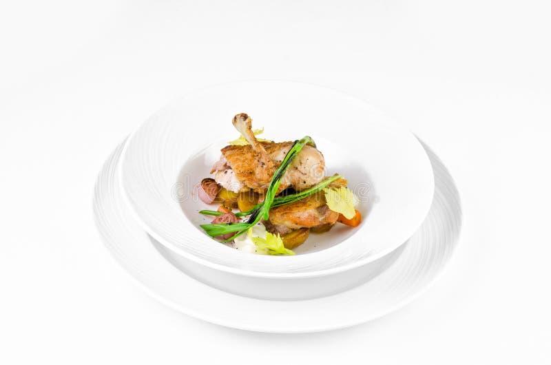 Jambon de poulet avec la croûte et les oignons croustillants de caramel images stock