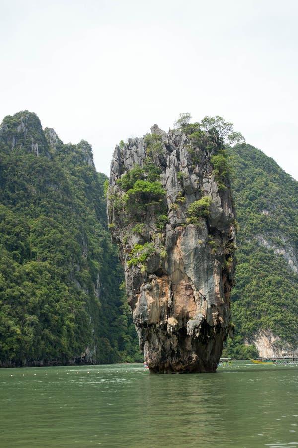 James Bond Island famoso, Phuket, Tailândia imagem de stock