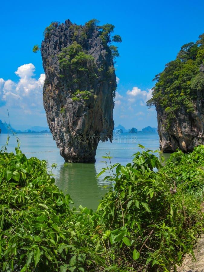 James Bond Island na baía de Phang Nga, Tailândia foto de stock