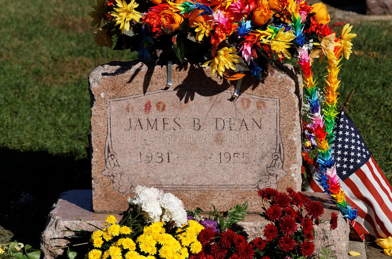 Download James Dean Grave Site editorial photography. Image of icon - 21487492