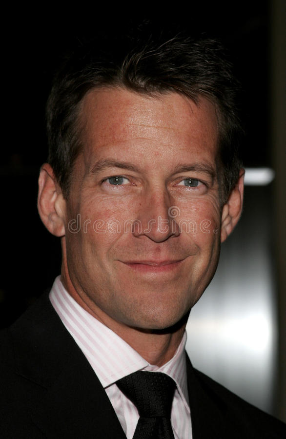 James Denton foto de archivo