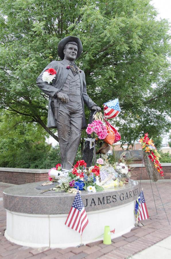 James Garner Statue foto de archivo