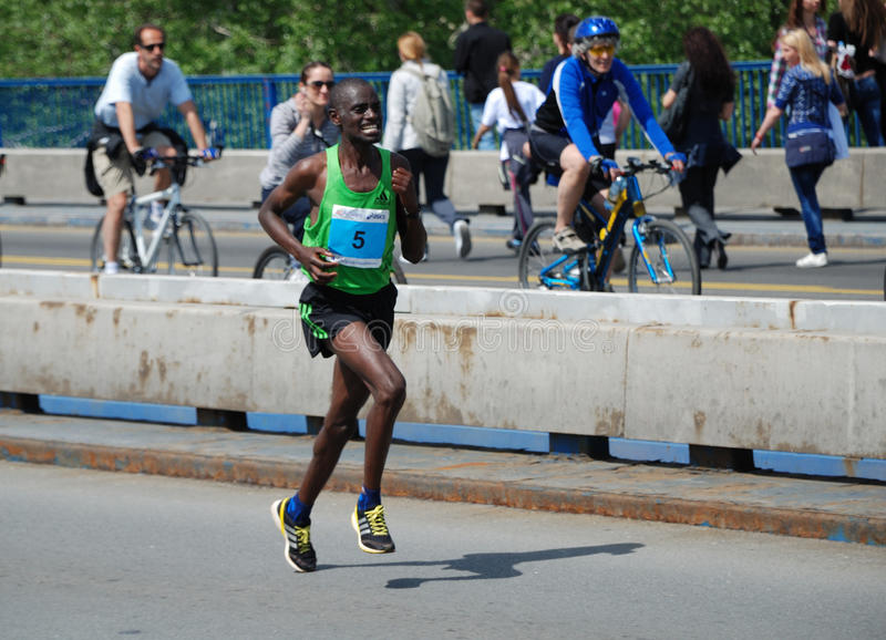 James Kiptum Barmasai, gagnant de marathon de Belgrade photo stock
