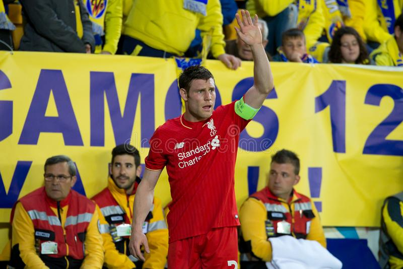 James Milner joue à la correspondance de demi-finale de ligue d'Europa entre le Villarreal CF et le Liverpool FC photos libres de droits