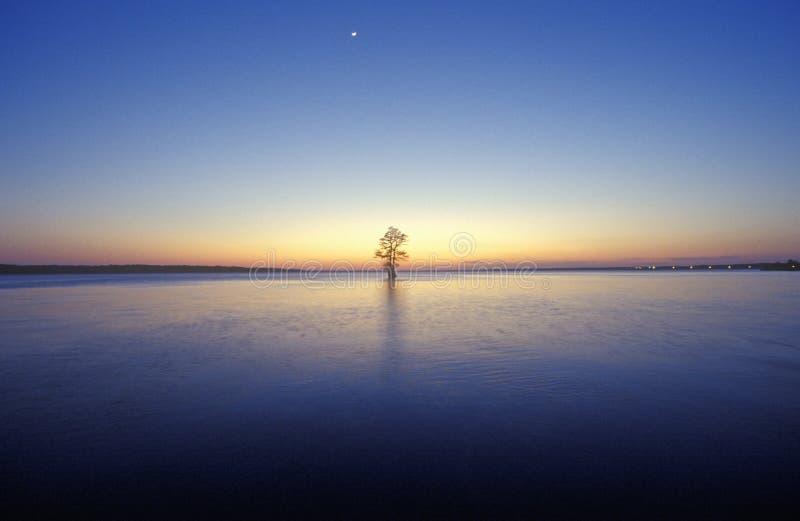 James River al tramonto, Jamestown, VA fotografie stock