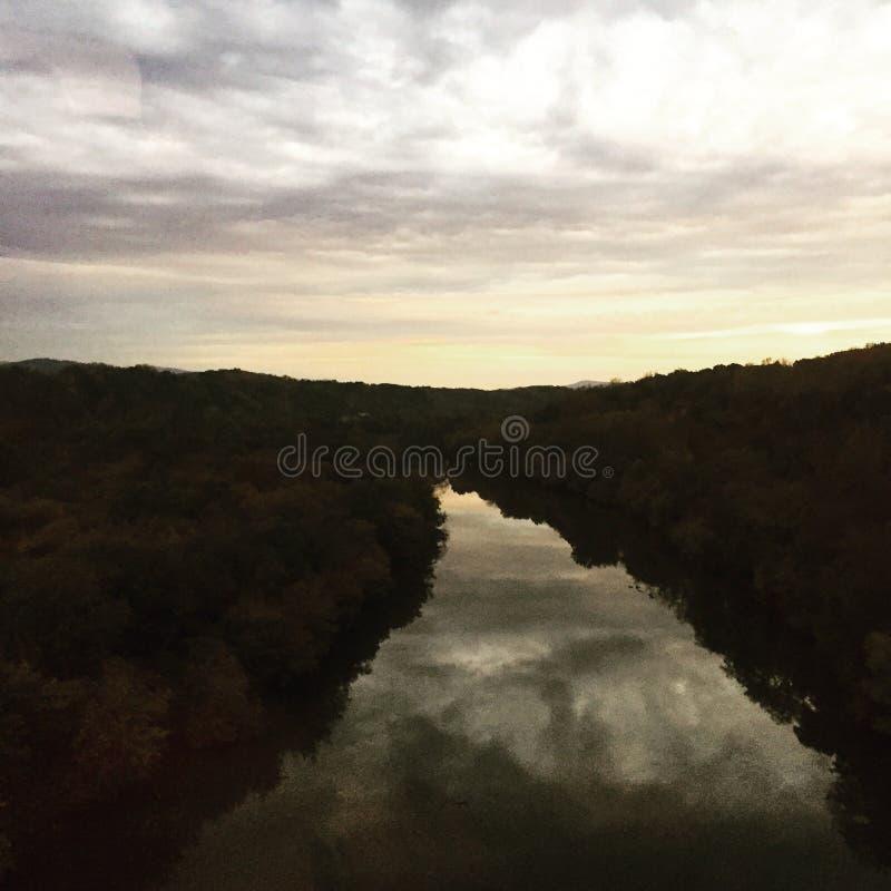 James River på soluppgång royaltyfri fotografi