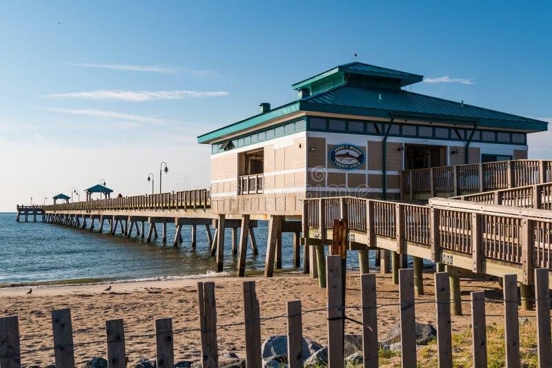 James T Wilson Fishing Pier à Hampton, la Virginie image libre de droits