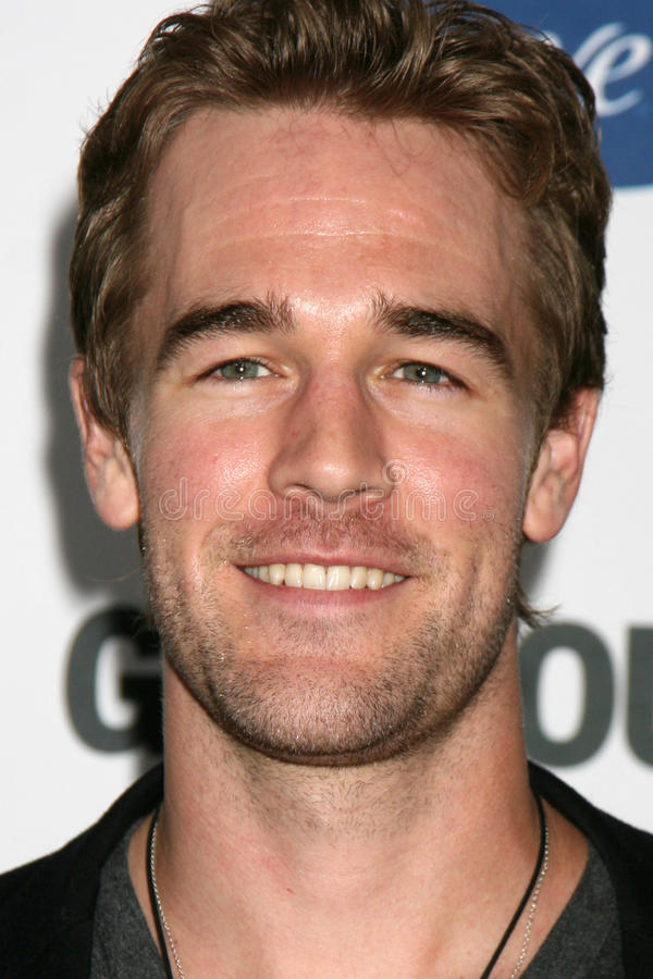 James Van Der Beek stockfotos