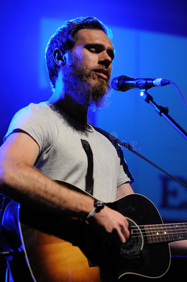James Vincent McMorrow se realiza en Madrid. fotos de archivo