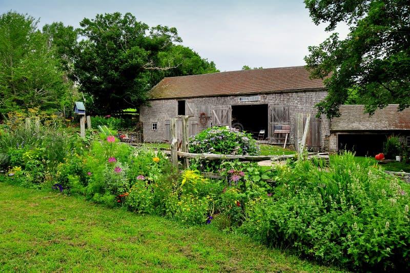 Jamestown, RI: Celeiro em Watson Farm fotografia de stock