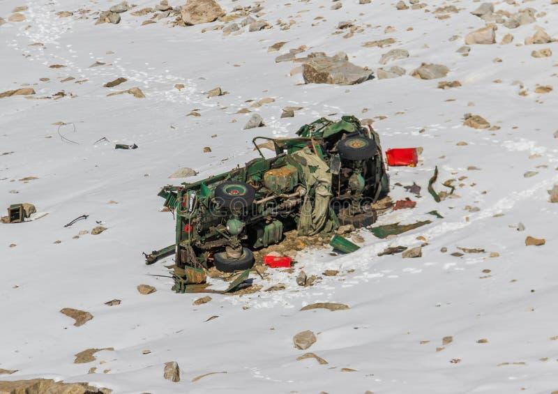 Jammu, le Cachemire et Ladakh - entre la crête élevée et les routes dangereuses photos libres de droits