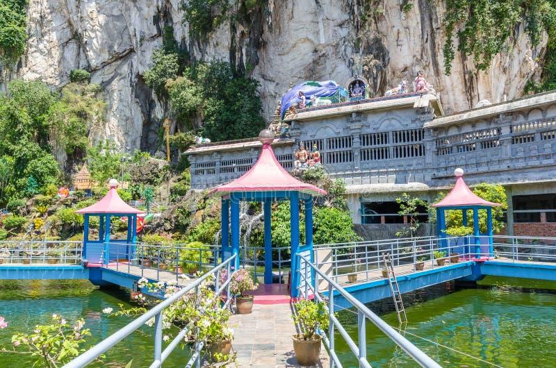 JAMY willa jest nowym turystyki przyciąganiem w Batu Zawala się Ja wznawiał Koja stawu przechwałki rozciągliwość balijczyka most  zdjęcia stock