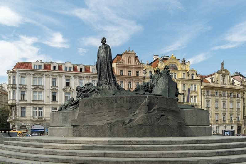 Jan Hus bij Oud Stadsvierkant, Praag, Tsjechische Republiek royalty-vrije stock fotografie