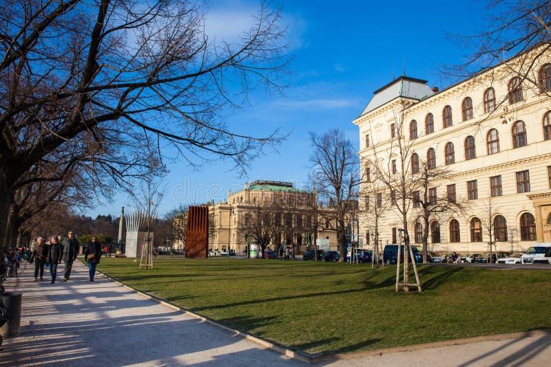 Jan Palach Square en het herdenkings geroepen Huis van de Zelfmoord en Huis van de Moeder van de Zelfmoord royalty-vrije stock afbeeldingen