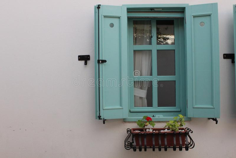 Janela bonita de Sığacık, Ä°zmir da hortelã, Turquia imagens de stock