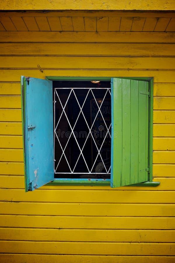 Janela colorida em Buenos Aires fotografia de stock royalty free