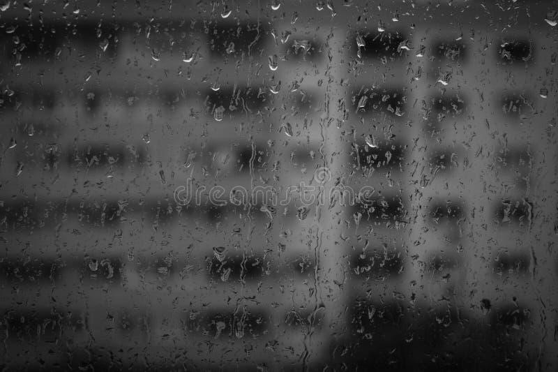 Janela com gotas da chuva foto de stock