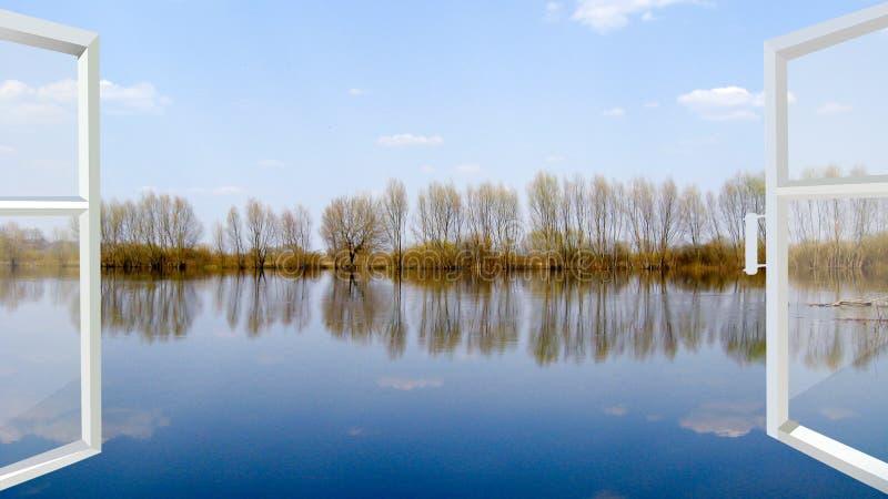 Janela com vista à inundação no rio imagem de stock