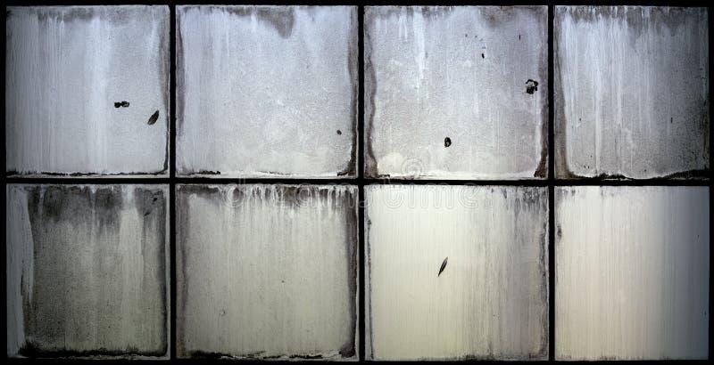 Janela de vidro do Grunge imagens de stock royalty free