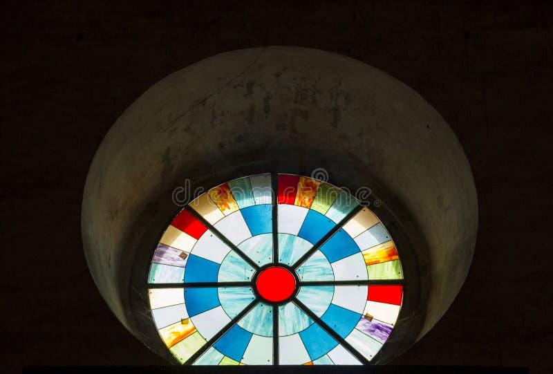 janela de vitral da cor imagens de stock
