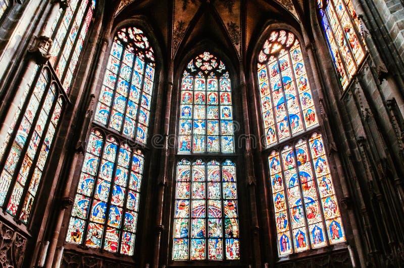 Janela de vitral extraordinária da igreja evangélica, Munste fotografia de stock