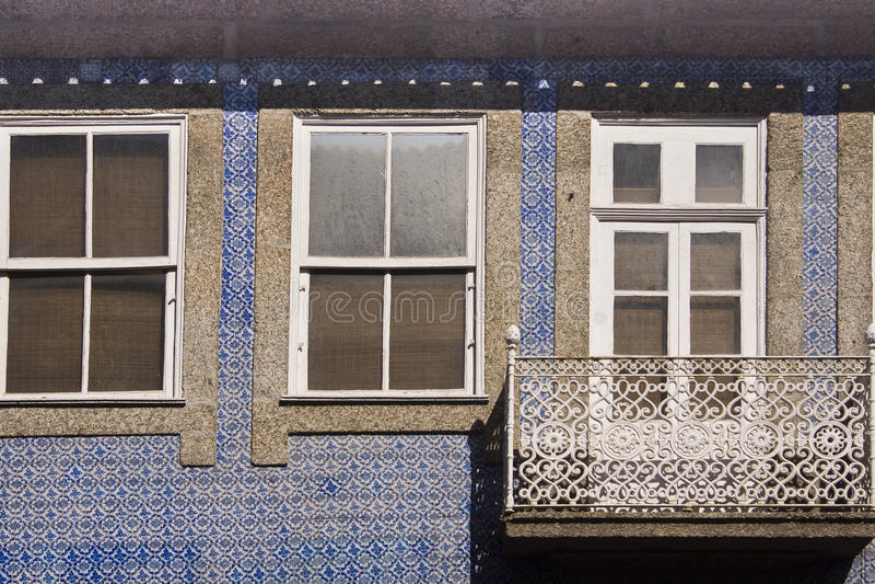 Janela Guimaraes Portugal foto de stock