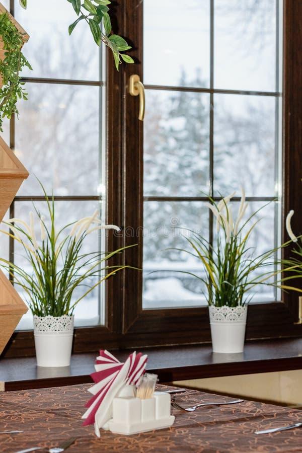 A janela no café foto de stock royalty free