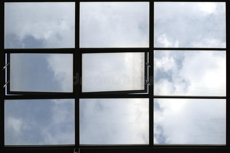 Janelas do telhado foto de stock